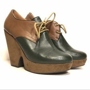 Cooperative Shoes - Cooperative green & tan platform laceup shooties