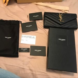 Yves Saint Laurent Handbags - Saint laurent clutch