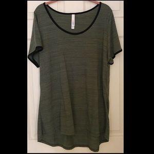 LuLaRoe Classic T Tshirt 2X green black Stretchy