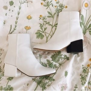Maison Margiela Shoes - ✨Jacquemus Arlequin White Boots✨ ( Offer up ! )