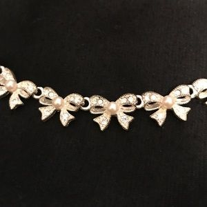 e4161dc87 australia pandora bow and pearl necklace 4f7f2 97008