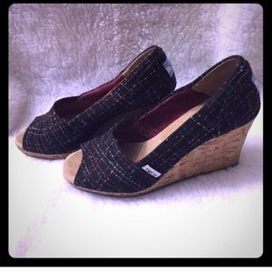 TOMS Shoes - Tom wedges