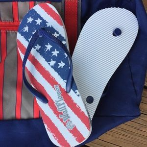 Wildflower Shoes - NWT Wildflower Patriotic Flip Flop Sandals Sz 5/6