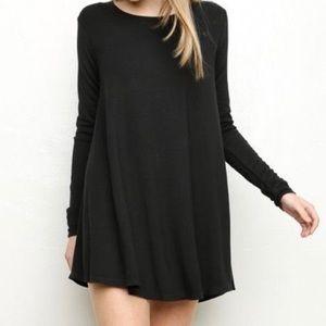 Brandy Melville Dresses & Skirts - Brandy Melville Black Long Sleeve Tshirt Dress