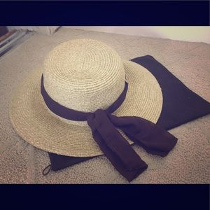 Accessories - Hat with brown ribbon