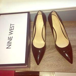 Nine West Shoes - 📍SALE📍Nine West black patent leather heels