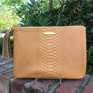 GiGi New York Handbags - NWT Gigi New York All In One Clutch British Tan