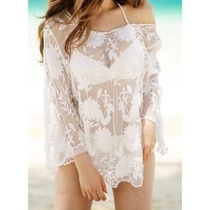 NWOT Boutique Floral Sheer Mesh Swimsuit Cover Up
