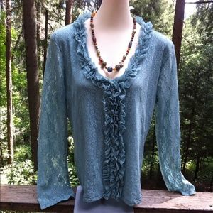 Stretchy lace and ruffle blouse