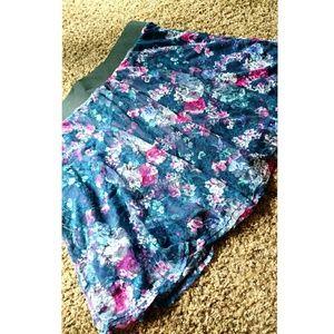 Wet Seal Dresses & Skirts - Wet Seal Plus Floral Mini Skirt