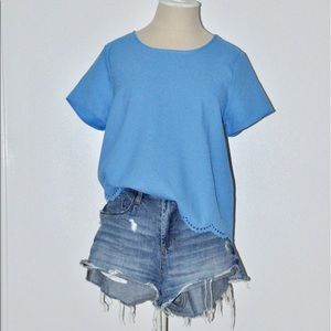 Everly Short Sleeved Top with Scallop Design