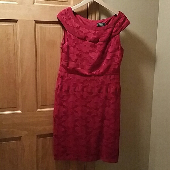 Shop Women's Dress Barn size 10 Midi at a discounted price at Poshmark. Description: Navy Blue Dress Barn Collection Dress. Sold by greatstuff Fast delivery, full service customer support.