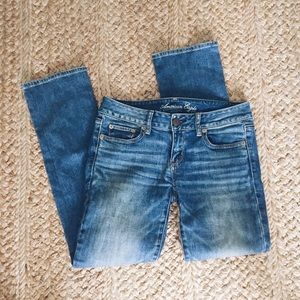 American Eagle Outfitters Denim - AEO Low-Rise Straight Jeans
