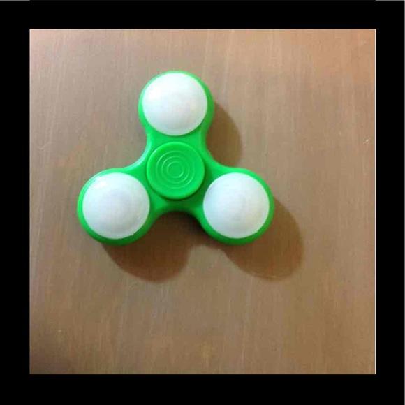 Other Green Led Light Up Fidget Spinner Poshmark