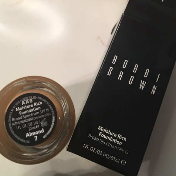 40% off Bobbi Brown Other - Bobbi Brown Moisture Rich Foundation (Almond 7) from Imani's closet ...