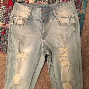 refuge Denim - Light washed ripped jeans size 6