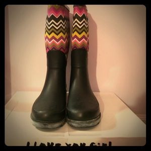 143 Girl Shoes - ✨PRICE FIRM ✨Like New Rain Boots