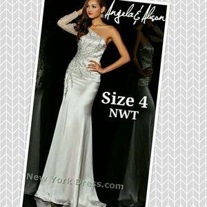 Angela & Alison Dresses & Skirts - Beautiful gown!