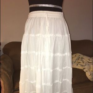 Advance Apparels Dresses & Skirts - White to below knee skirt. Tiered gauzy look