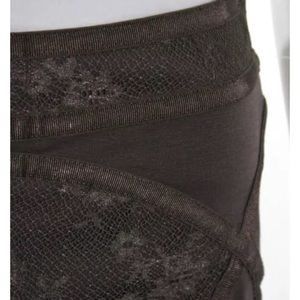 Free People Skirts - FREE PEOPLE LACE TRIM ABOVE KNEE PENCIL SKIRT SZ S