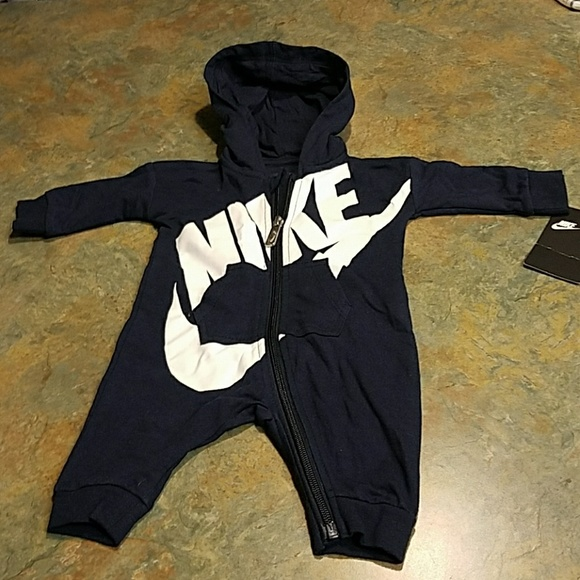 c1e692dd2d96 Nike infant futura coverall romper