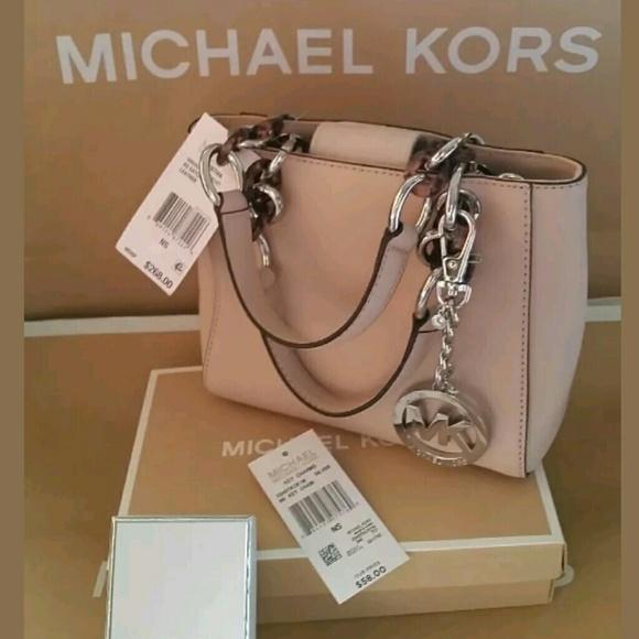c031d67c76c4 Sale Michael Kors Ballet Pink Cynthia XS Crossbody