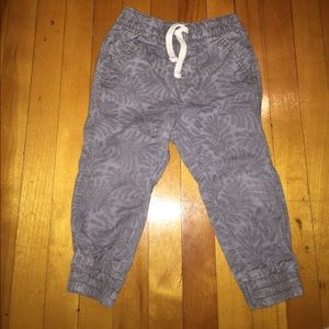 Old Navy Other - Old Navy palm pants 2T.
