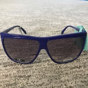 Urban Outfitters Accessories - URBAN OUTFITTERS Blue Sunglasses 😎 🕶🌞👙☀️