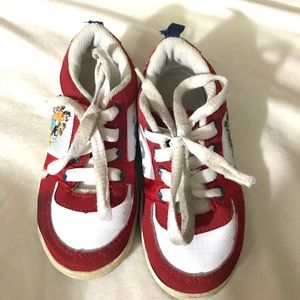 Disney Other - Disney Toddler Sneaker Size 8