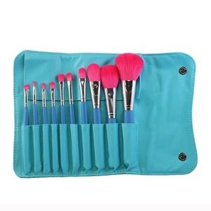 Morph Other - 10 piece Vegan Brush with Pretty Teal case