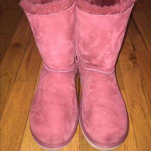 UGG Shoes - Women's Corduroy Bailey Bow (Size 6)
