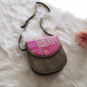 Vintage Handbags - Vtg 90s Ethnic Print Saddle Crossbody Handbag