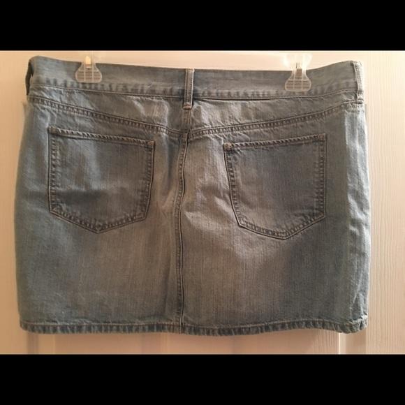 navy navy light wash denim skirt size 16 from