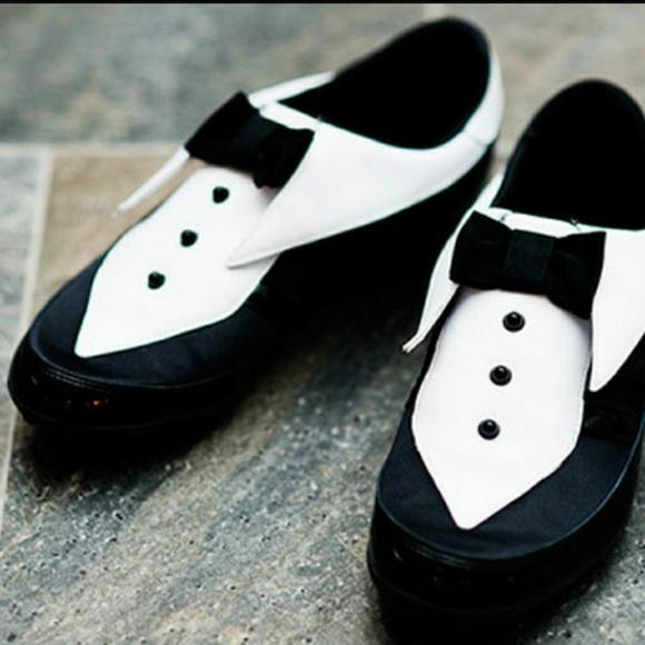adidas Shoes - Jeremy Scott Adidas Arrow Tuxedo Shoes 22f587331bc6
