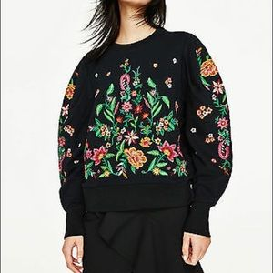 Zara beautiful embroidered sweatshirt
