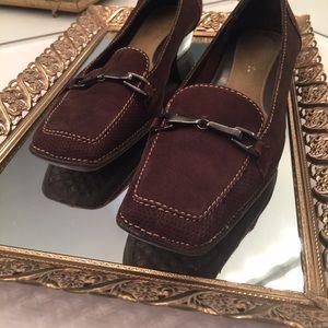 AEROSOLES Shoes - Brown Aerosoles Dress Heel with Bronze Buckle EUC