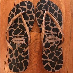 Havaianas Shoes - Havianna Flip Flops Size 39