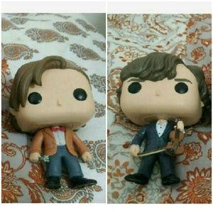 Other - Set of 2 pop figures