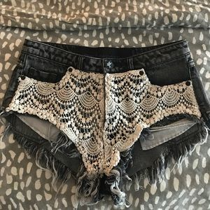 One teaspoon Rocco roller lace shorts sz 26