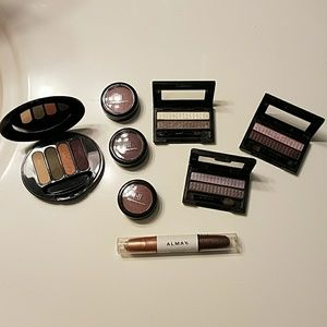Almay Other - Eye Shadow Bundle