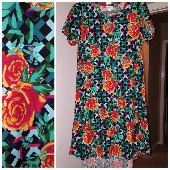 LuLaRoe Dresses & Skirts - Lularoe Floral & Lattice Carly, Size Small NWOT