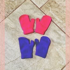 target  Other - 2 pairs of mittens