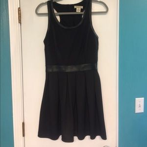 Arden B. A-Line Style Dress w/ Leather Waist Band