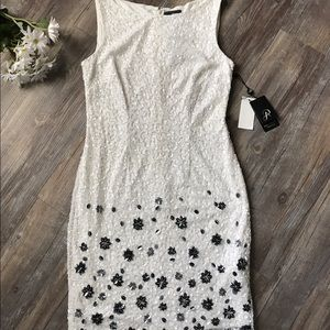 SALE! 🔥 NWT Adrianna Papell 🖤 Embellished Dress