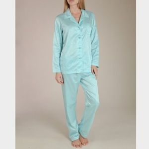 Neiman Marcus Other - LOUIS AT HOME NEW WITH TAG SILK PAJAMAS!!!