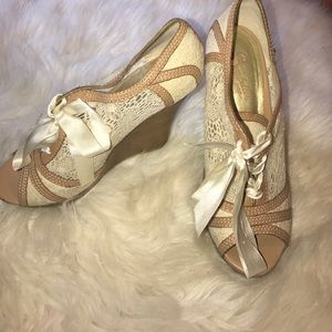 Seychelles Shoes - Seychelles lace wedge