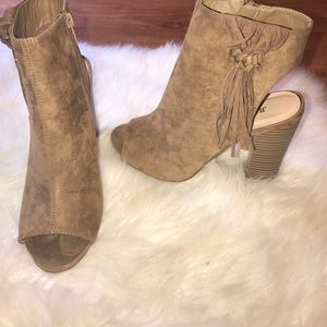JustFab Shoes - Just fab tan block heel booties