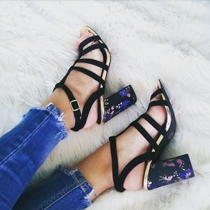 //The Halsey// Black caged embroidered Heels