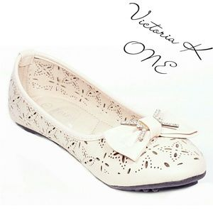 Women Ballet Flats with Bow,  b-2057, Off-white
