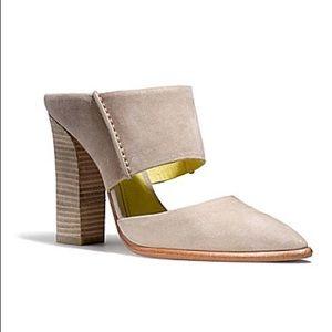 Coach Shoes - Women's Coach heels size 6